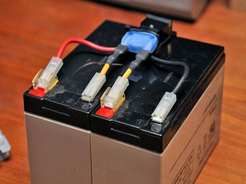 مقررات لازم  از تولید اولیه ی  باتری  یو پی اس تا دفع نهایی آن